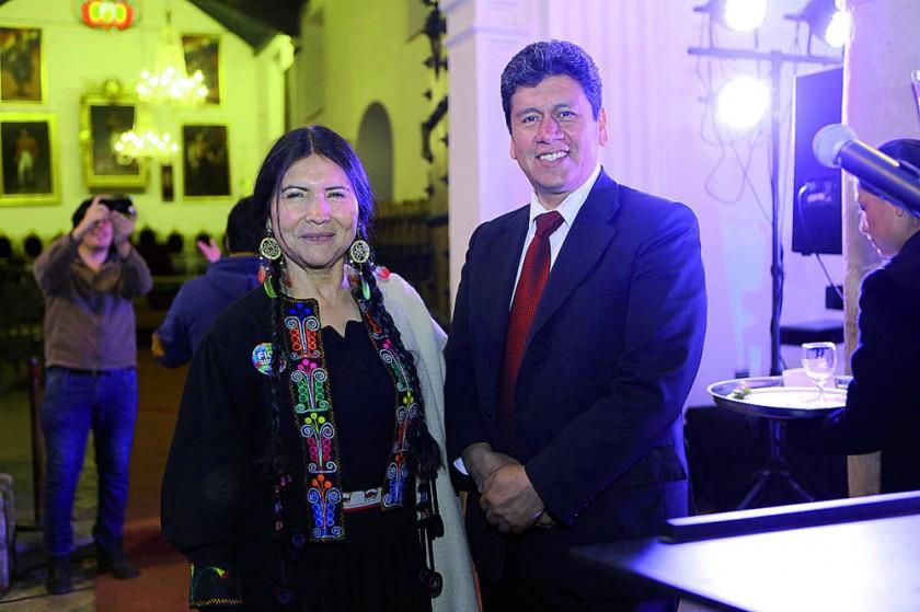 Luzmila Carpio e Iván Arciénega.