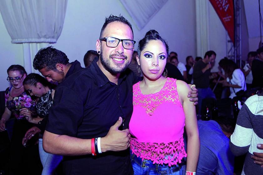 Guido Reyes y Gaby Rojas de Reyes.