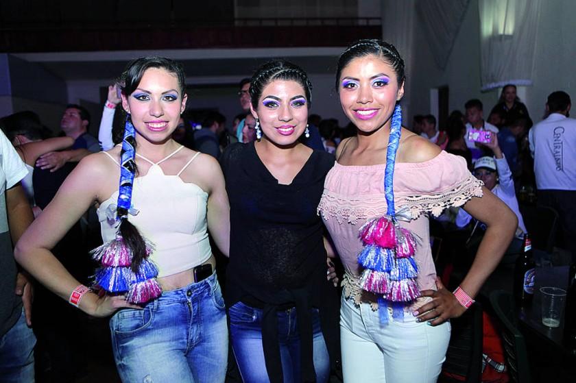 Vale Rivera, Mayte Arízaga y Jeaneth Espinoza.