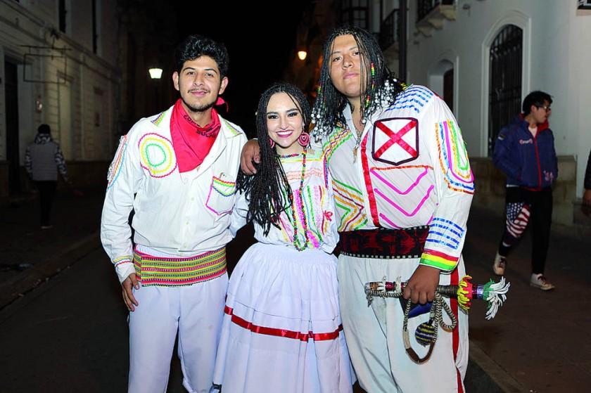 Saya Afroboliviana: Luís Chirinos, Valeria Núñez y Weimar Ramírez Romero.