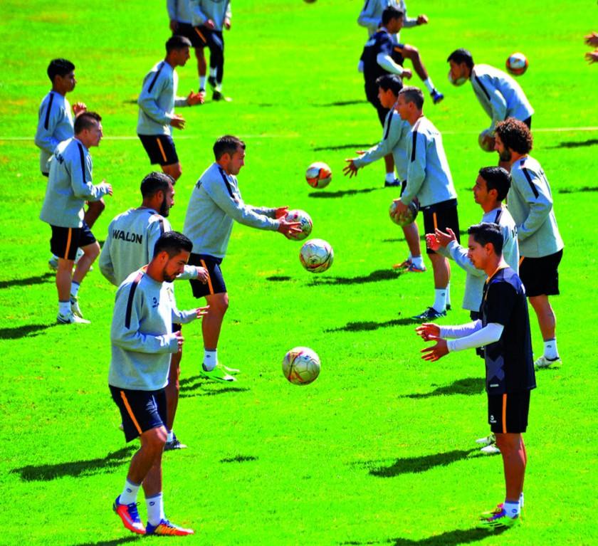 Los equipos de The Strongest y Bolívar protagonizarán esta tarde el clásico paceño 206 en la historia de la Liga...
