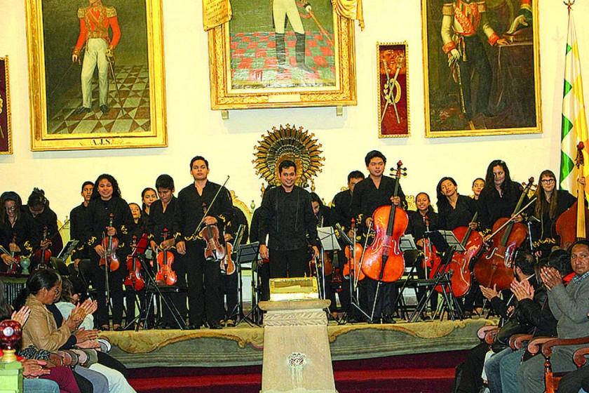CONCIERTO. Desde el barroco misional, lo contemporáneo y el folclore oriental, los músicos de San José de Chiquitos...