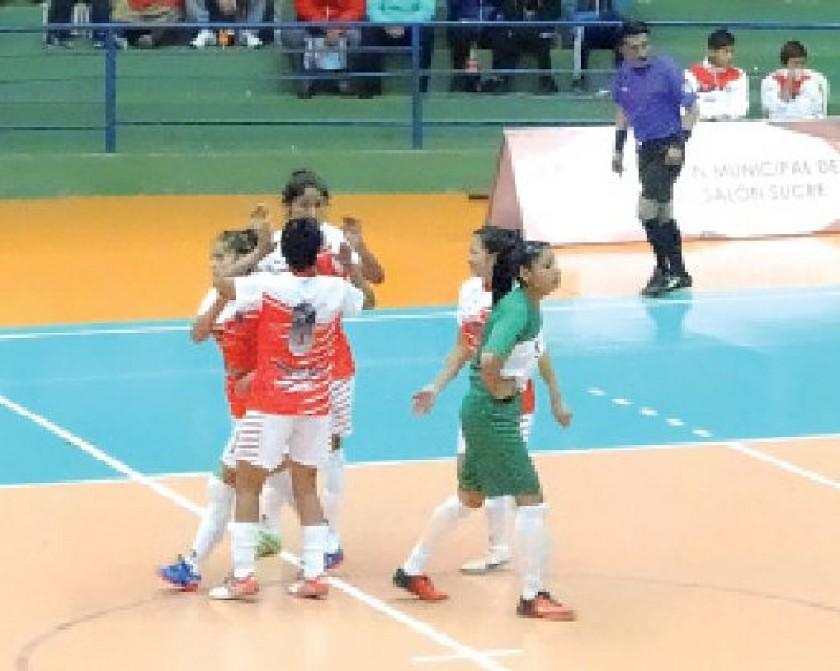 La selección chuquisaqueña derrotó anoche a Monteagudo, en el choque de equipos anfitriones.