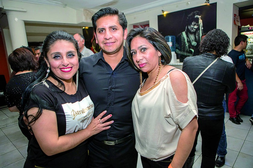 Pamela Rodríguez, Cristian Oropeza  y Telma Odyam.