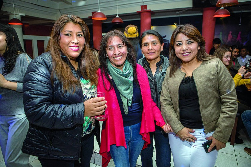 Juana Maturano, Sandra Hernández, Ximena Estrada  y Andrea Estrada.