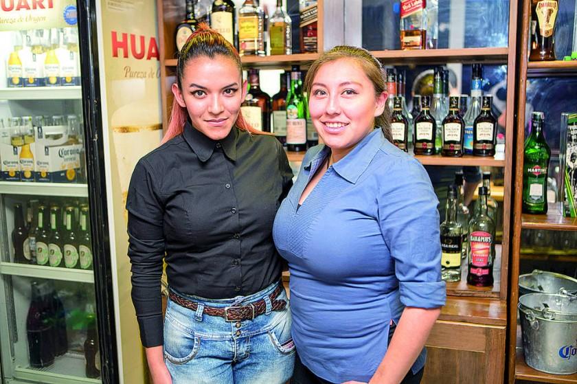 Jhoana Téllez y Alejandra Zárate.