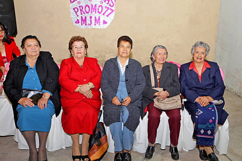 Ex profesoras: Ana María Silvetti, María Nena de Ríos, Margarita de Campos,  Dominga Navarro y Fanny Del...