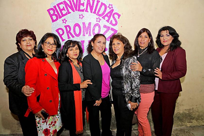 Organizadoras: Rosario Daza, Nancy Baspineiro, Angélica Flores, Rosemary Calvo,  Gladis Ameller, Ana Benavides e Irma...
