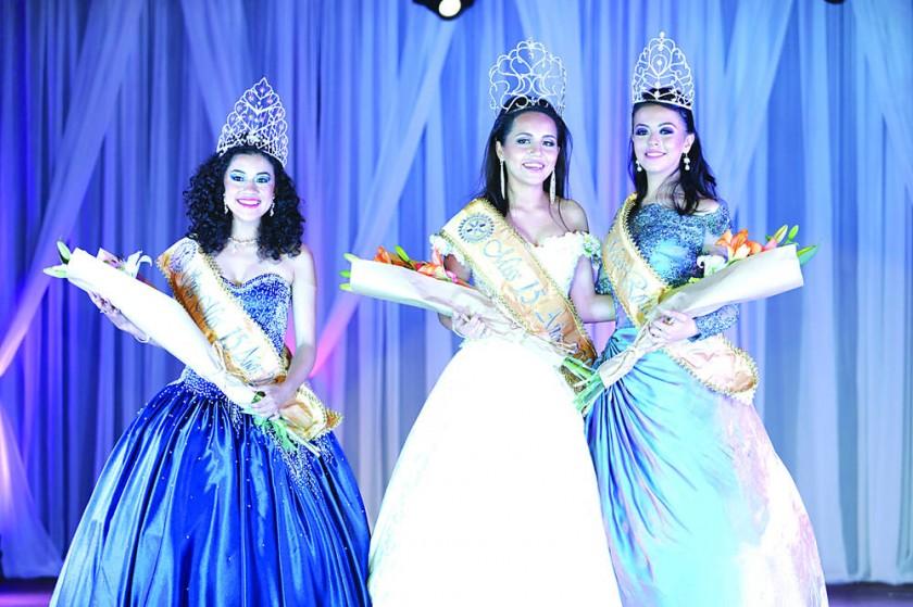 Coronan a nueva Miss 15 años