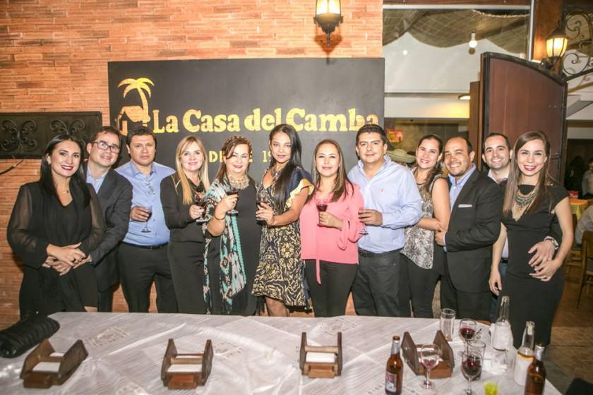 """Propietarios de """"La Casa del Camba Santa Cruz"""", Familia Medina - Parada."""