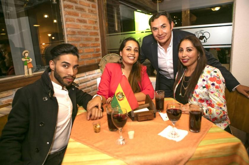 Amir Sivila, Samira Sivila, Ricardo Corrales y Yamile de Corrales.