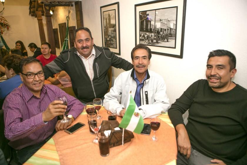 José Ramiro Aparicio, Marco Paz, Iber Aparicio y Marcelo Aparicio.