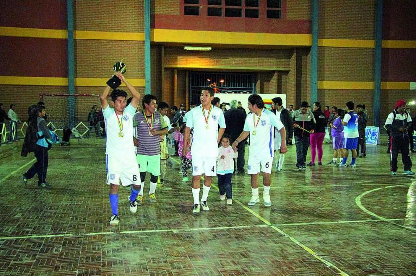 Municipal obtuvo el primer lugar en fútbol de salón.