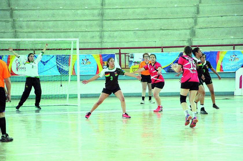 El torneo de preparación de las seleciones bolivianas terminó ayer.