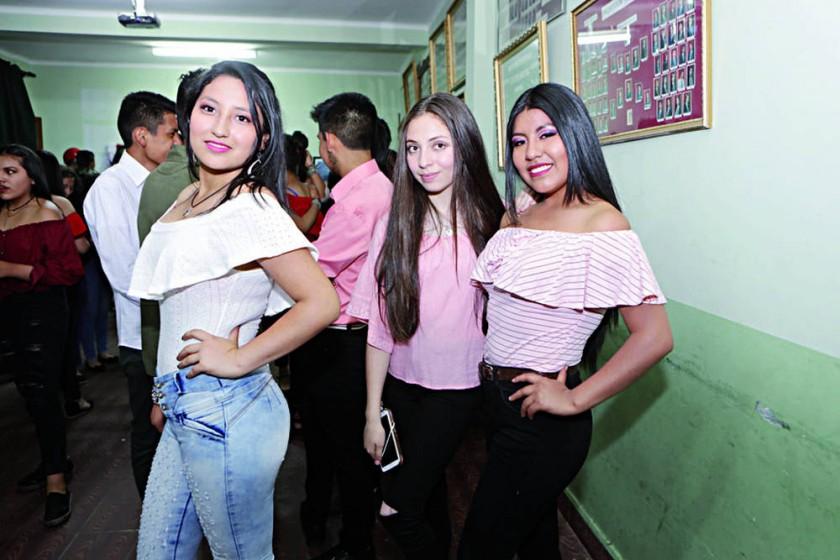 Daniela Miranda, Cristal Torres y Dayana Flores.