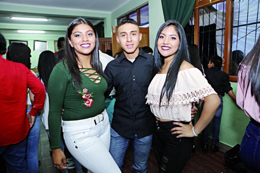 María Párraga, Nixon Villagómez y Alejandra Gómez.