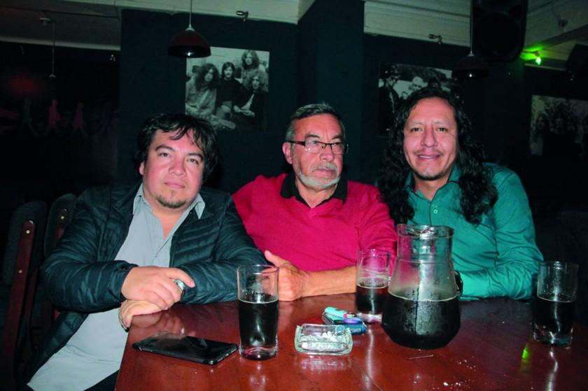 José Durán, Guillermo Cabezas (cumpleañero) y Ronald Gonzáles.