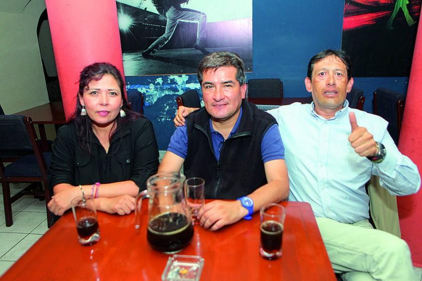Ingrid, Waldo y José.