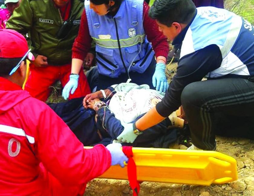 Accidente provoca casi una veintena de heridos en el camino a Poroma