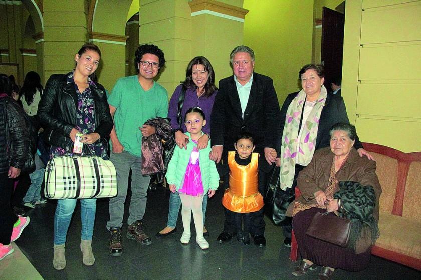 Familia Orihuela, Calvo y Coronado.