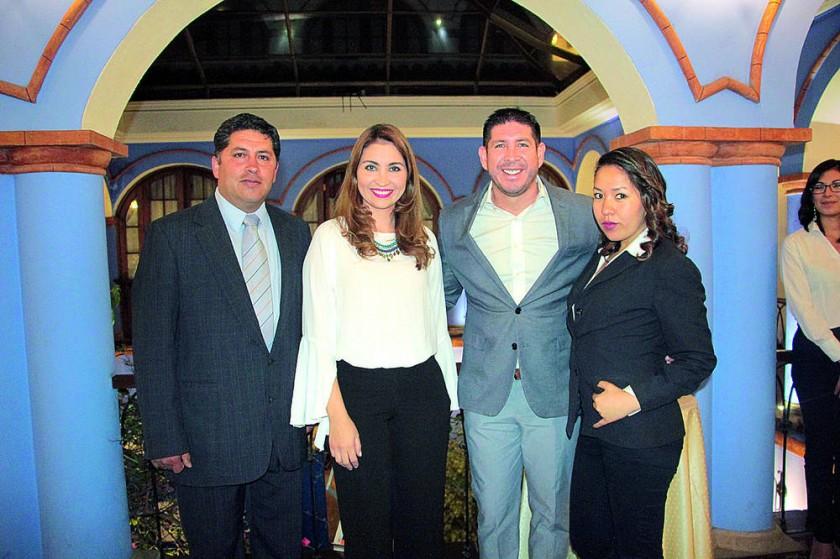 Ejecutivos de Nacional Seguros: Reltman Daza, Ninoska Cabrera,  José Carlos Méndez y Erika Oliva.