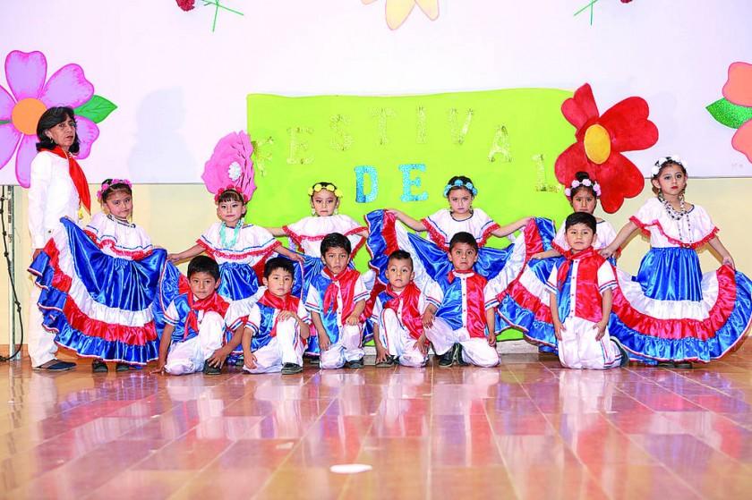 """Primera Sección """"A"""", Danza Paraguaya."""