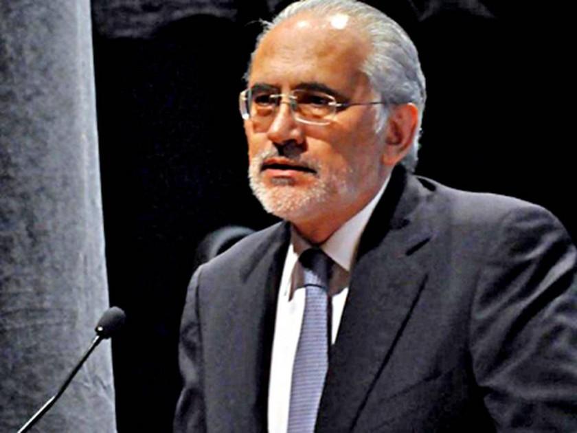Gobierno fustiga a Carlos Mesa por posición a favor del voto nulo
