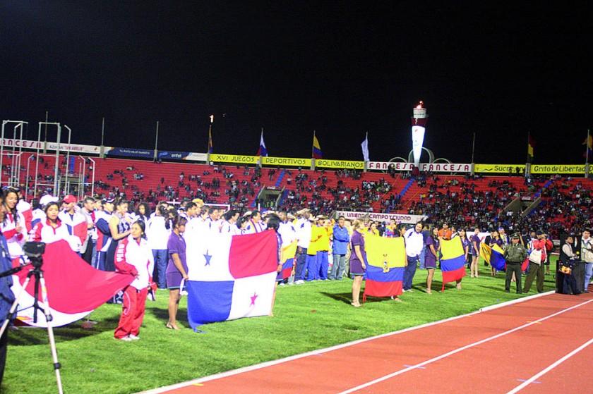 Los Bolivarianos fueron inaugurados en el estadio Patria.