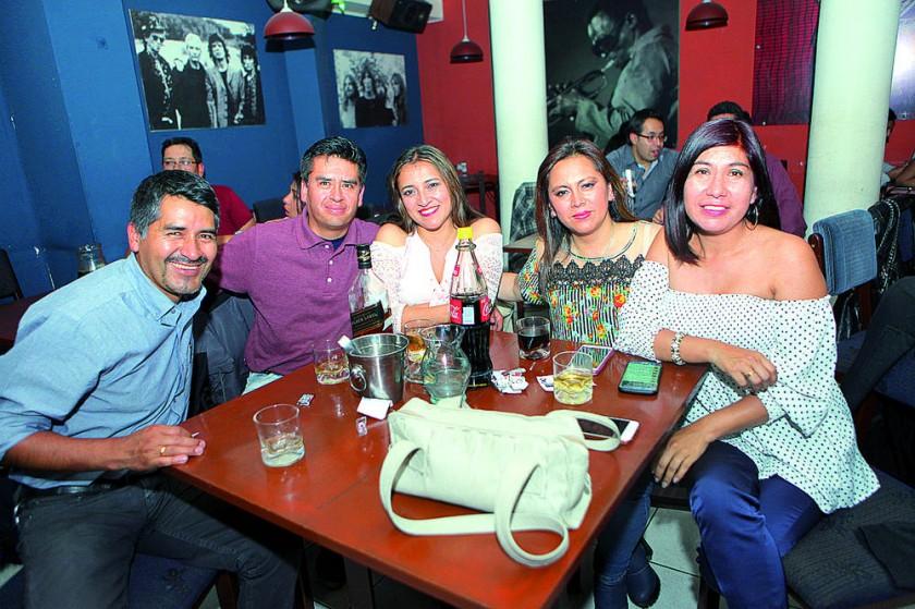Santiago Cardenas, Marvin Morales, Ligia Núñez, Anavel Miranda y Katya Vedia.