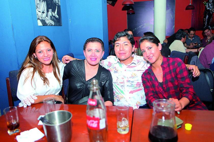 Scarleth Moore, Greta Montero, Erick Vedia y Karen Rocha.