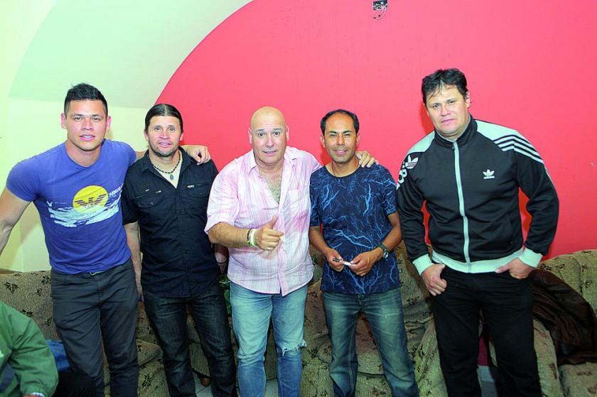 """Los héroes de la noche, """"Classic"""" y """"Alfredo Valdés""""."""