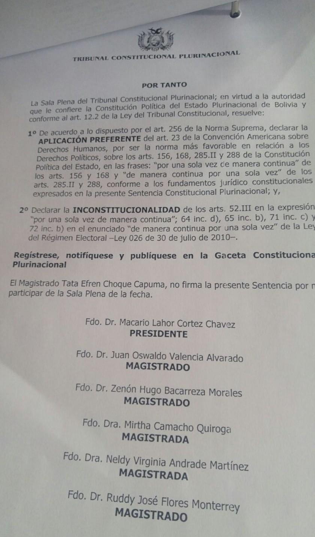 Auto Constitucionalñ.jpg