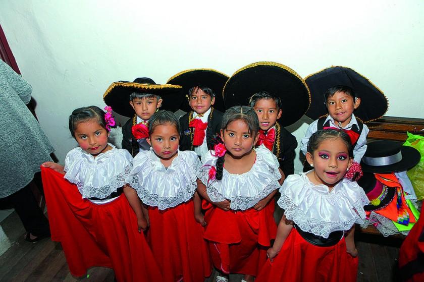 Primera Sección – Mariachis.
