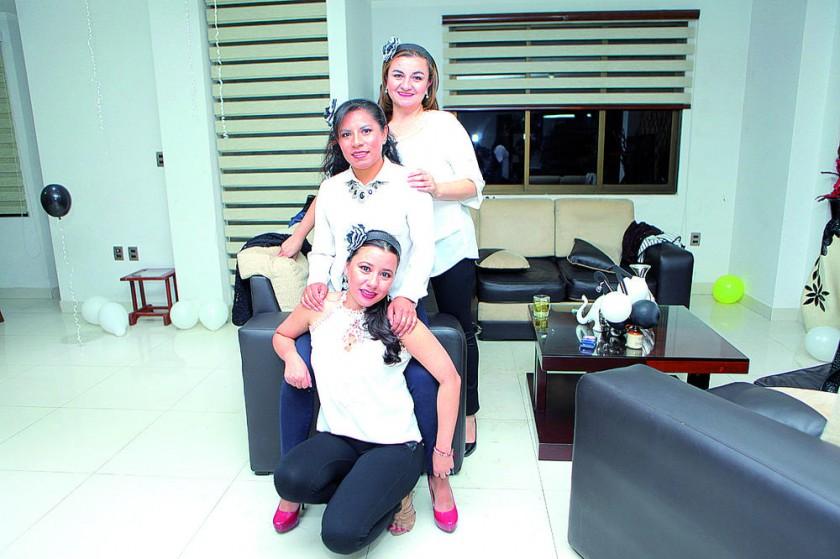 Claudia Oropeza, Ximena Palacios y María René Cuiza.