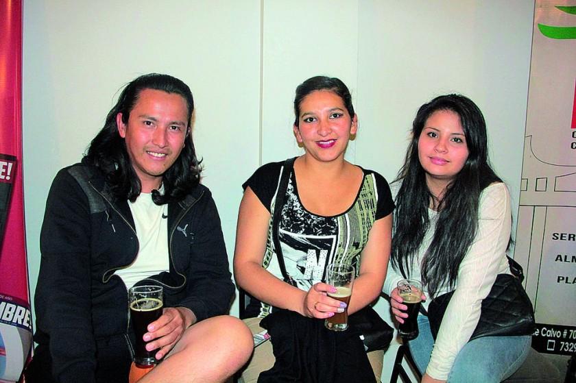Álvaro Socpaza, Karen Patzi, Lorena Zurita,