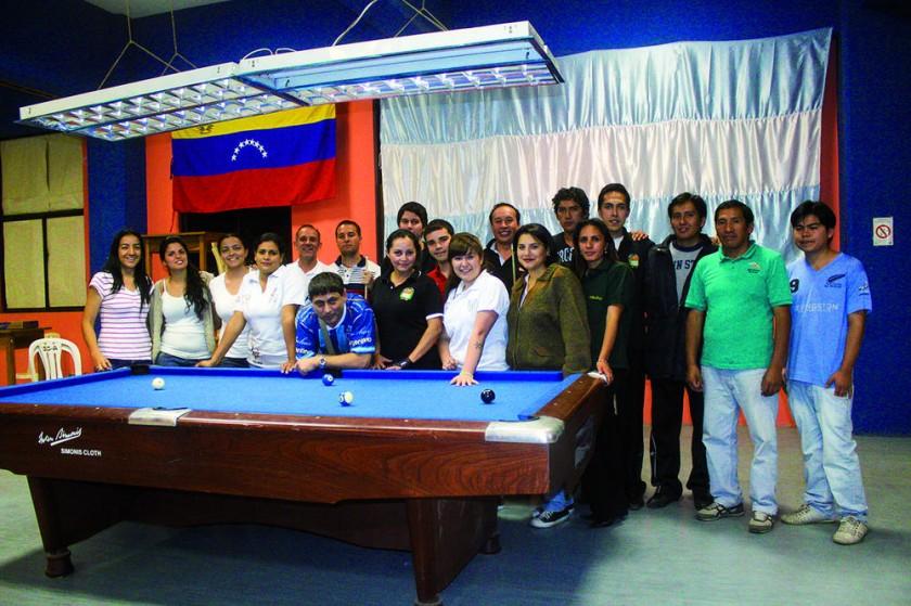 Alrededor de 70 billaristas estuvieron en los dos campeonatos.