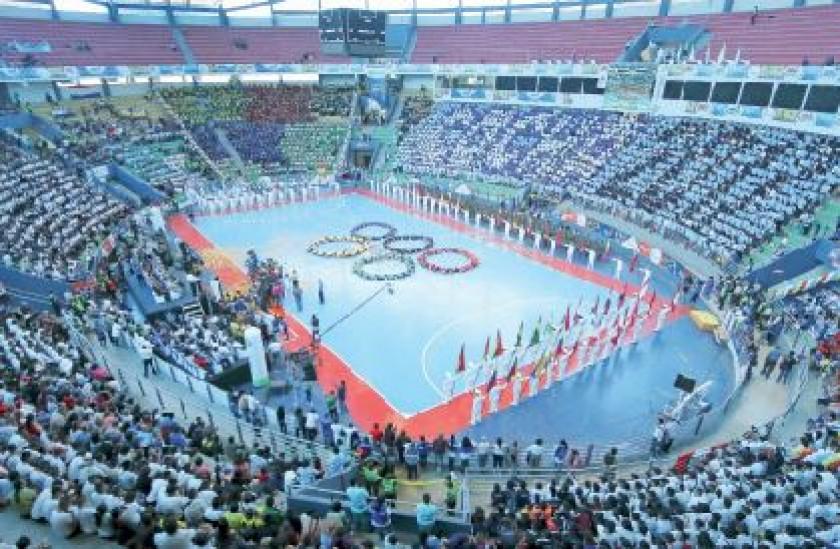 Ayer se encendió la llama de los Juegos Sudamericanos Escolares en un acto bastante colorido.