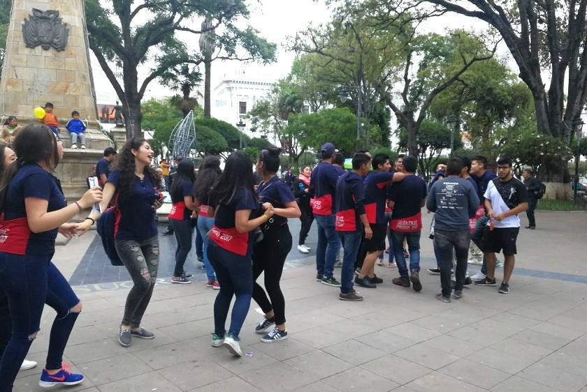 La promoción del colegio San Cristobal. Foto: CORREO DEL SUR
