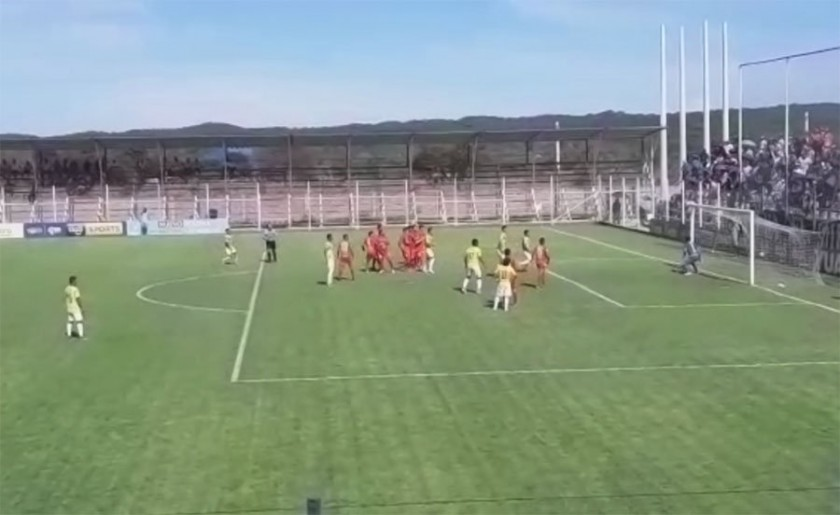 El partido de la fecha 21 del Torneo Clausura se jugó en Yacuiba. Foto: Chaco Informa