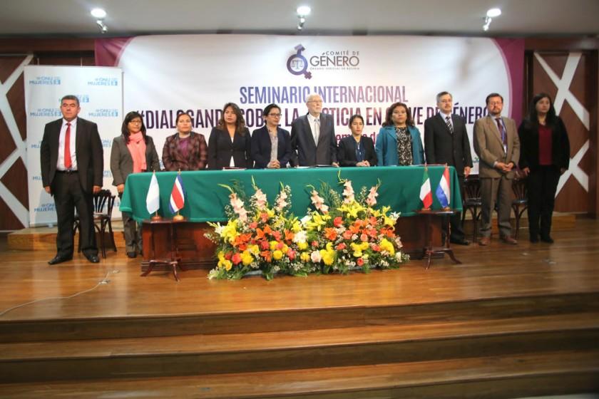 SUCRE. El Comité de Género del Órgano Judicial organizó un seminario con la presencia de panelistas internacionales.