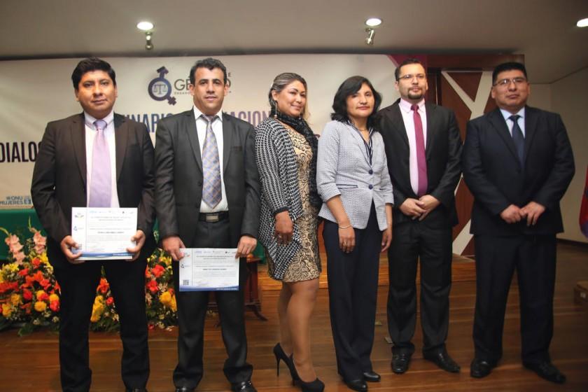 EVENTO. Participantes en el Seminario Internacional que tuvo lugar en pasados días.