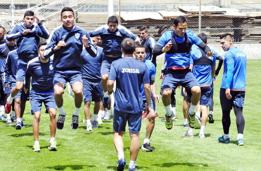 La Academia paceña puede coronarse campeón si hoy suma un punto en la Villa Imperial, donde enfrentará a Nacional Potosí