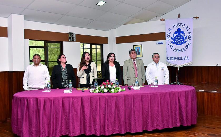 Mario Copa, Ana María Rojas, Yesenia Yarhui, Shirley Sanabria, Félix Tancara y Erick Castillo,