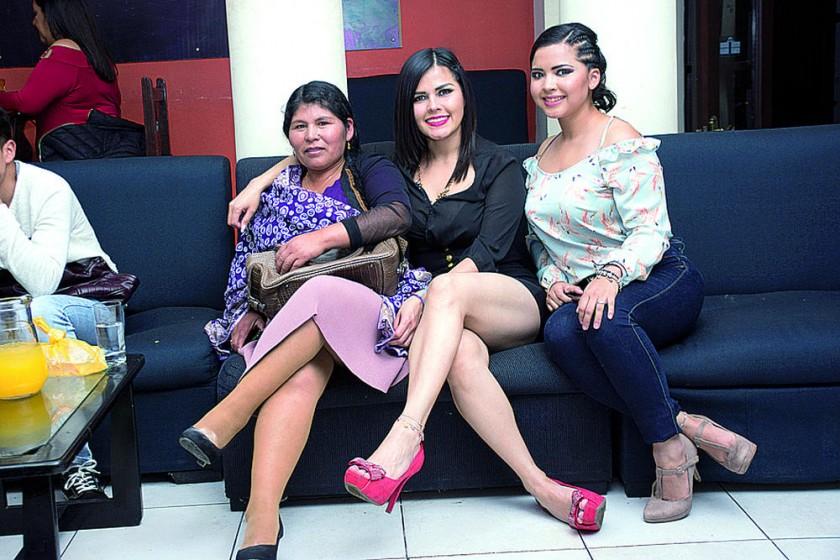 Eva Vela, Mariana Destre y Gabriela Destre.