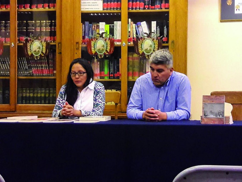 Los responsables de Ciencia Editores, Noemí Chipana y Norberto Benjamín Torres, quien además es autor del libro...