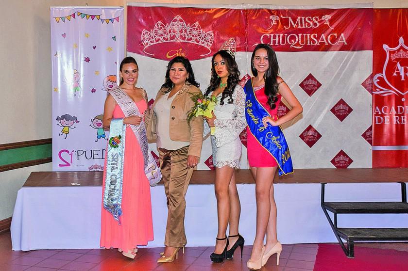 Marinés Caballero, Maritza Blanco, Arianne Denisse Ortubé y Lucia Mendoza.