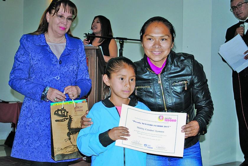 Premio en Área de Deportes.