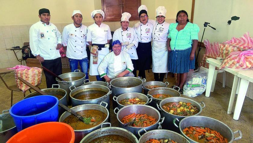 A punto de presentar el plato de picana más grande de Bolivia.