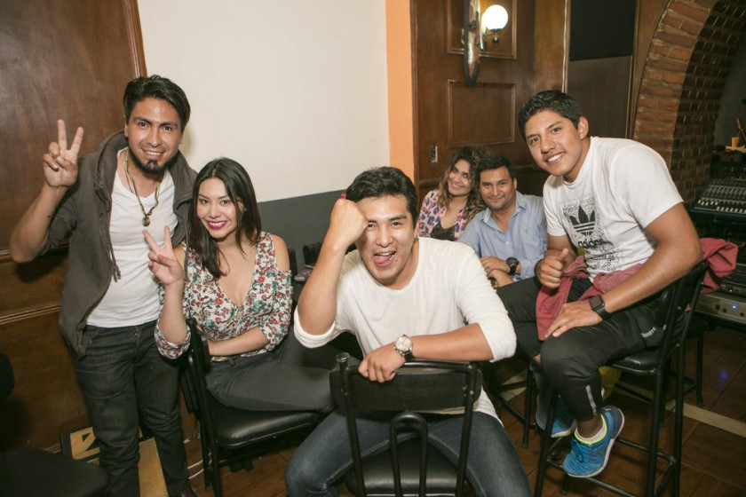 David, Nicole, Micky, Natalia, Carlos y Marco.