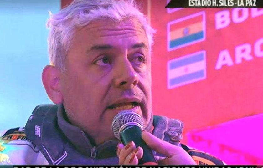 Leonardo Martínez durante su intervención en la rampa. Foto: Captura